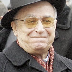 Ion Iliescu - revolutionar si comunist pe viata (Opinii)