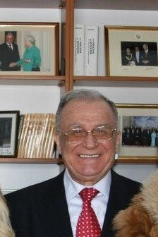 Ion Iliescu versus Monica Macovei. Miza: Unirea cu Moldova