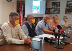 """Ion Radoi, seful sindicalistilor de la metrou, in sediul din statia Piata Unirii al organizatiei: """"Nu voi iesi decat daca imi dau foc"""" VIDEO"""