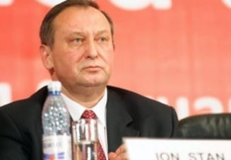 Ion Stan cere ridicarea interdictiei de a parasi tara