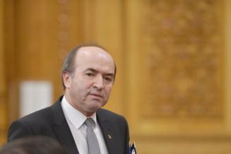 Iordache: Ministrul Justitiei nu are cum sa arunce in curtea Parlamentului raportul DNA, asa cum s-a intamplat cu Legile Justitiei