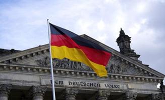 Ipocrizia Germaniei: Se face ca nu vede in propria ograda, dar se ratoieste la restul Europei