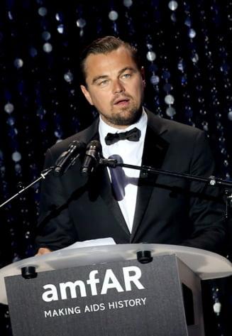 Ipocrizia lui DiCaprio: 12.000 km cu un avion privat, pentru un premiu de protectia mediului