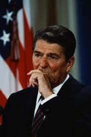 Iran - Contras, afacerea tenebroasa care a dinamitat America lui Ronald Reagan