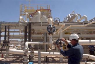 Iranul opreste exporturile de petrol catre unele state europene