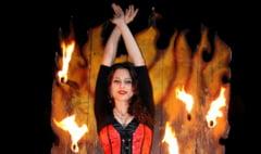Ironii Daily Express: O romanca din orasul lui Tepes a obtinut slujba de vis, la circ