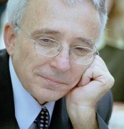 Isarescu: BNR este pregatita sa intervina in caz de criza