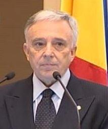 Isarescu: Bancile straine din Romania, intr-o batalie pentru clienti
