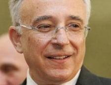 Isarescu: Sectorul public va trebui sa faca loc sectorului privat