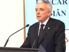 Isarescu: Stirile de senzatie despre cresterile de preturi au un cost de pana la 0,5% in inflatie