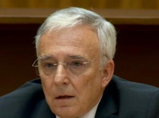 Isarescu aduce critici dure Codului Fiscal. Ce legatura are cu pilotarea unui avion
