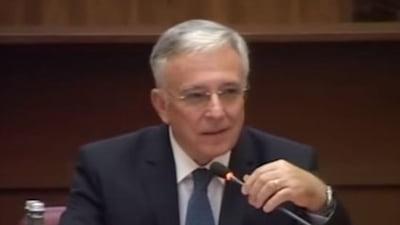 Isarescu avertizeaza iar: Avem o bucla mare de probleme carora Romania trebuie sa le faca fata