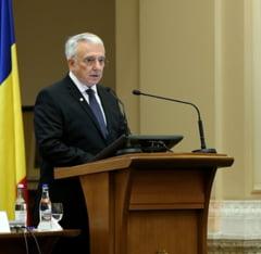 Isarescu explica cum sta treaba cu cresterea economica in Romania: Am creat locuri de munca... prin alte tari