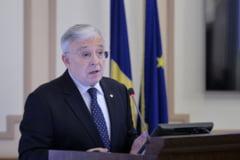 Isarescu spune ca economia va scadea cu 14% in trimestrul II. Cum a intervenit BNR in criza si ce va mai face