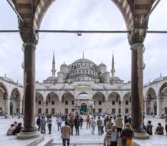 Istanbul interzice concertele si festivalurile in aer liber si nuntile organizate pe apa
