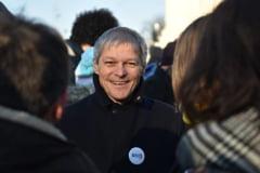 Istoricul Marius Oprea sustine ca in spatele infiintarii partidului PLUS e fiul unui fost securist. Ciolos: Sunt satul de marlanie
