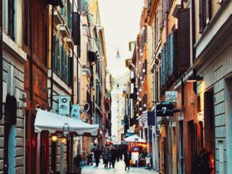 Italia nu mai sta dupa UE. Isi produce propriul certificat de vaccinare si redeschide turismul de luna aceasta