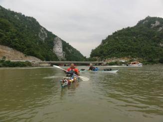Italianul care a strabatut Dunarea intr-o canoe - Mesaj catre romani Interviu