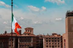 Italienii aproba reducerea numarului de parlamentari prin referendum