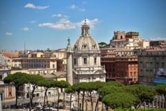Italienii voteaza duminica si luni la un referendum asupra reducerii numarului de parlamentari de la 945 la 600