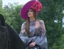 Iulia Albu pe cal