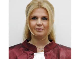 Iulia Motoc: Am inceput din nou sa primesc amenintari pe e-mail