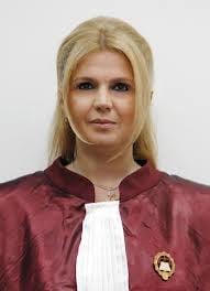 Iulia Motoc: Selectia membrilor CCR ar trebui sa fie mai transparenta