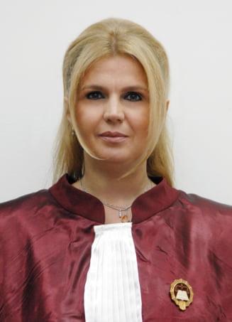 Iulia Motoc a fost propusa pentru functia de judecator la CEDO din partea Romaniei