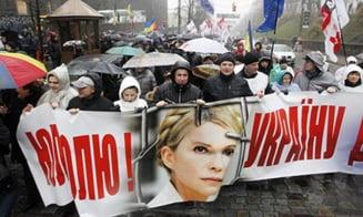 Iulia Timosenko a intrat in greva foamei. Proteste de amploare pe strazile Ucrainei