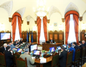 Iulian Fota: In nicio tara responsabila securitatea nationala nu se face miza intr-un joc politic