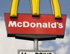 Jaf armat esuat intr-un McDonald''s - In local erau 11 soldati de elita