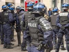 Jaf ca-n filme in Lyon, Franta. Indivizi inarmati au furat 9 milioane de euro dintr-o camioneta blindata. Apoi au dat foc masinilor cu care au fugit