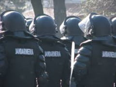 Jandarmii, mobilizati la crosul din Piata Ovidiu