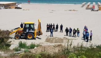 Jandarmii si procurorii au luat cu asalt constructiile ilegale de pe plaja din Faleza Nord