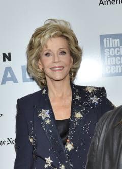 Jane Fonda, sex simbol si la 77 de ani (Galerie foto)