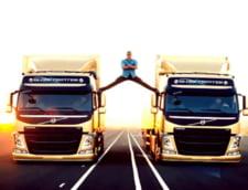 "Jean-Claude Van Damme reface scena spagatului: ""Se transforma in ridicol"" VIDEO"