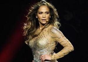 Jennifer Lopez nu mai concerteaza in Romania?