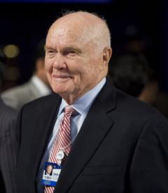 John Glenn a murit. Primul american care a efectuat un zbor orbital in jurul Pamantului avea 95 de ani