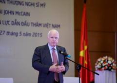 John McCain are o tumoare pe creier. Obama: Cancerul nu stie cu cine are de a face