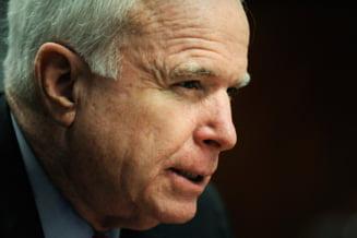 John McCain il compara pe Putin cu Hitler: Minte cand spune ca nu e interesat de R. Moldova