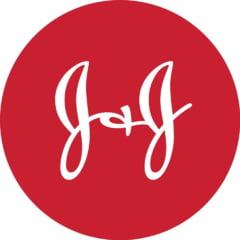 Johnson & Johnson retrage de pe piata peste 30.000 de flacoane de pudra de talc. Posibila contaminare cu arsenic