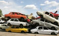 """Joi a fost ultima zi in care colectorii si dealerii auto au putut sa depuna dosarele pentru """"Rabla 2013"""""""