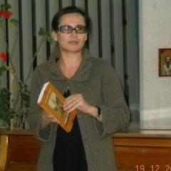 "Judecatoare de la Tribunalul Neamt: ""Masca are aspect de botnita si prezinta si risc asupra sanatatii"""