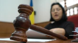 Judecatoarea Viorica Dinu, eliberata din functie de Basescu
