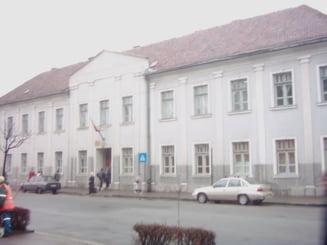 Judecator cu peste 1.100 de cauze, la Tribunalul Hunedoara
