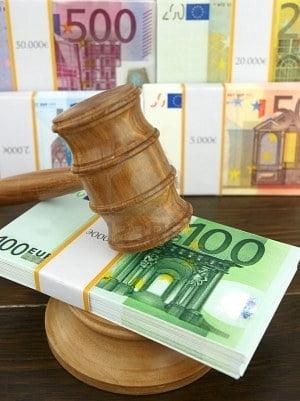 Judecatori care-si impusca tara in cap (Opinii)