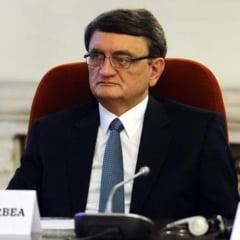 Judecatorii ii cer lui Ciorbea sa sesizeze imediat CCR, in cazul primei legi a Justitiei, promulgata deja de Iohannis