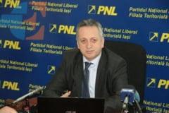 Judecatorii il tin in suspans pe Relu Fenechiu