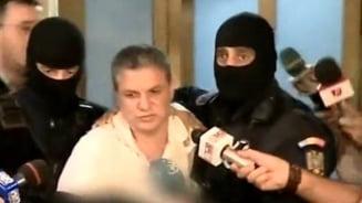 Judecatorul acuzat ca a primit spaga-n oua si miere, arestat