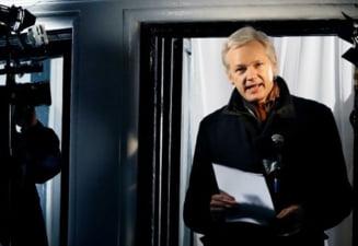 Julian Assange a cerut politiei din Suedia sa ii gaseasca o valiza disparuta acum trei ani